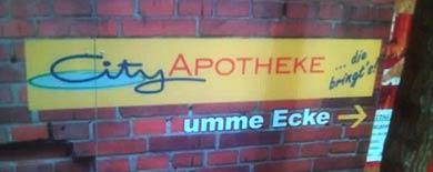 »City Apotheke ... die bringt's! Umme Ecke«